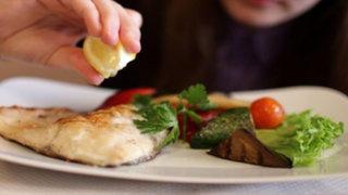 Consejos de salud: afirman que el consumo de pescado reduce riesgo de cáncer de mama