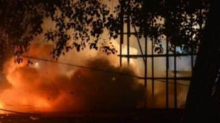India: más de cien fallecidos deja incendio por fuegos artificiales
