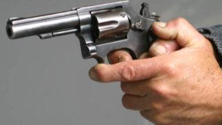 Sujeto que se movilizaba en moto es asesinado de diez disparos en el Callao