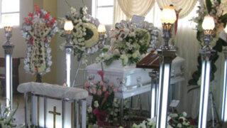 Trabajadores de morgue entregan cadáver equivocado a familiares