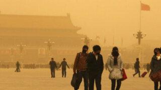 Tormenta de arena provoca accidentes en China