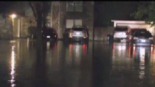 EEUU: fuertes lluvias dejan pistas inundadas