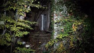 Buscaba fantasmas en una casa abandonada y lo que encontró fue aún más terrorífico