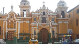Encuentran armas de fuego y chalecos antibalas en iglesia Virgen de Cocharcas