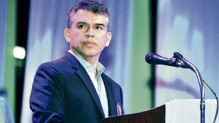 Julio Guzmán deja Todos por el Perú para formar su propio partido