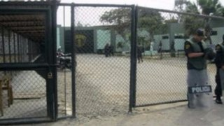 Chiclayo: un muerto deja gresca entre internos en penal