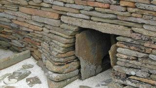 Movió una piedra que le impedía trabajar y descubrió algo oculto por miles de años