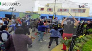 Huaycán: desalojo de ambulantes termina en batalla campal