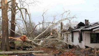 EEUU: fuerte temporal afecta a miles de personas en Texas y Missouri