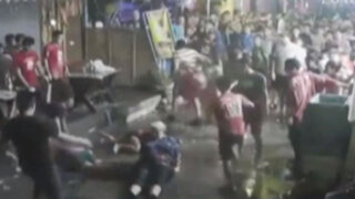 VIDEO: turistas ancianos son brutalmente agredidos por un grupo de adolescentes