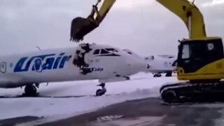 Rusia: empleado de aeropuerto destroza un avión tras ser despedido