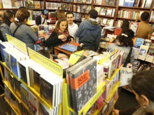 Precio de libros aumentó en 28% pese a que editoriales no pagan impuestos