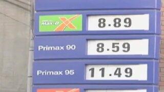 Malestar en choferes por alza de precio de gasolina
