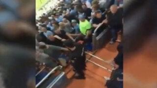VIDEO: hinchas del Manchester City se agarraron a golpes con la policía española