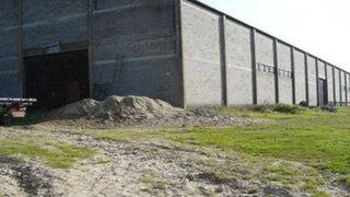 Se topó con un almacén abandonado y lo que encontró adentro podría valer millones