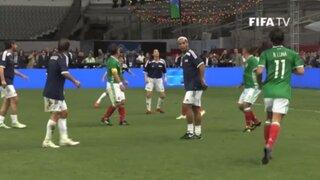 Ronaldinho 'desapareció' la pelota con un lujo de otra galaxia