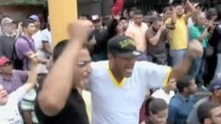 Venezuela: policías reprimen a manifestantes con violencia