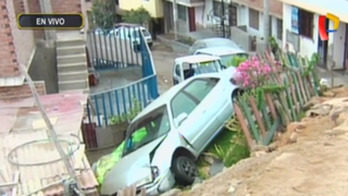 Chorrillos: auto aplasta mototaxis tras despistarse y caer sobre casa
