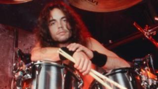 EEUU: exbaterista de banda Megadeth muere en pleno concierto