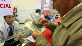 Jubilados pueden retirar fondos AFP desde mañana