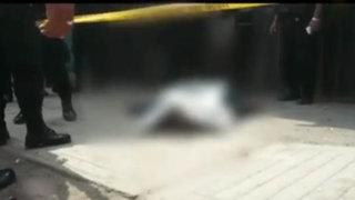 Comas: sicarios asesinan de varios balazos a presunto extorsionador