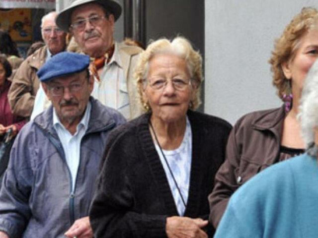 Afiliados a la ONP podrán jubilarse con 17 años de aportes