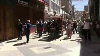 Puno: acatan segundo día de paro por contaminación del Titicaca