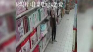 VIDEO: registran supuesta 'posesión demoníaca' en un supermercado