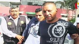 Mujer policía arresta a dos avezados delincuentes en La Victoria