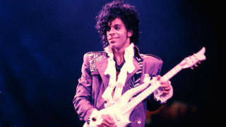 Revelan que Prince murió de una sobredosis de opiáceos