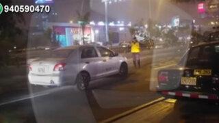 San Isidro: taxista casi atropella a inspector que lo intervino