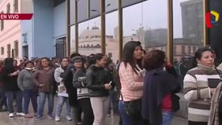 Centro de Lima: largas colas en sede del Reniec