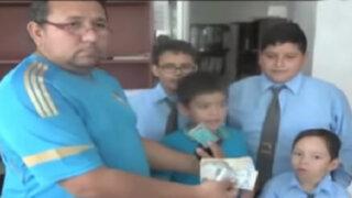 Tumbes: escolares devuelven billetera con 1900 soles que encontraron