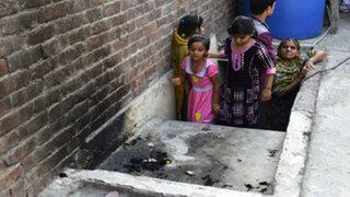 Pakistán: mujer quemó viva a su hija adolescente por casarse por amor