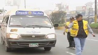 Multan a buses informales en Carretera Central