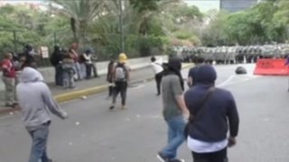 Venezuela: estudiantes toman calles y exigen salida de Nicolás Maduro