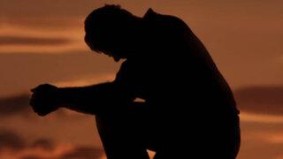FOTOS: sujeto deprimido por abandono de esposa se amputa órgano sexual