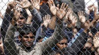 Miles protestan en favor de refugiados en España y Alemania
