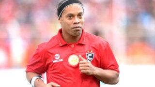 Ronaldinho regaló magia en el Garcilaso de la Vega del Cusco