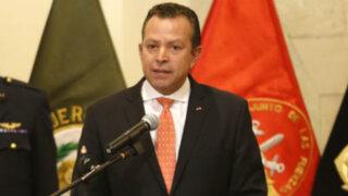 Ministro de Defensa sería censurado por denuncia contra Panorama