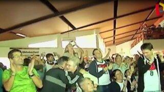 Alemanes celebraron en Lima su pase a semifinales de la Eurocopa