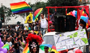 Multitudinaria y colorida: revive la Marcha del Orgullo LGBT en Lima