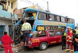 Pacasmayo: bus se empotra contra vivienda y deja seis muertos