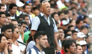 Alianza Lima: hinchas insultan a Mosquera y exigen su renuncia