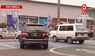 Informe 24: conductores no respetan estacionamiento para discapacitados
