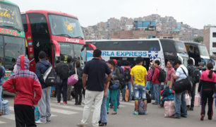 Semana Santa: pasajeros abarrotan terminales terrestres