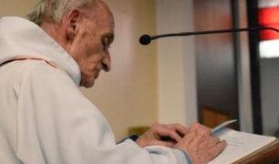 Vaticano lamenta asesinato de párroco en Francia