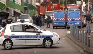 Detienen a refugiado sirio por asesinato de cura en Francia
