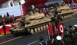 Vehículos militares fueron la gran atracción en desfile por Fiestas Patrias
