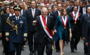 Revive los peculiares bailes del presidente Pedro Pablo Kuczynski